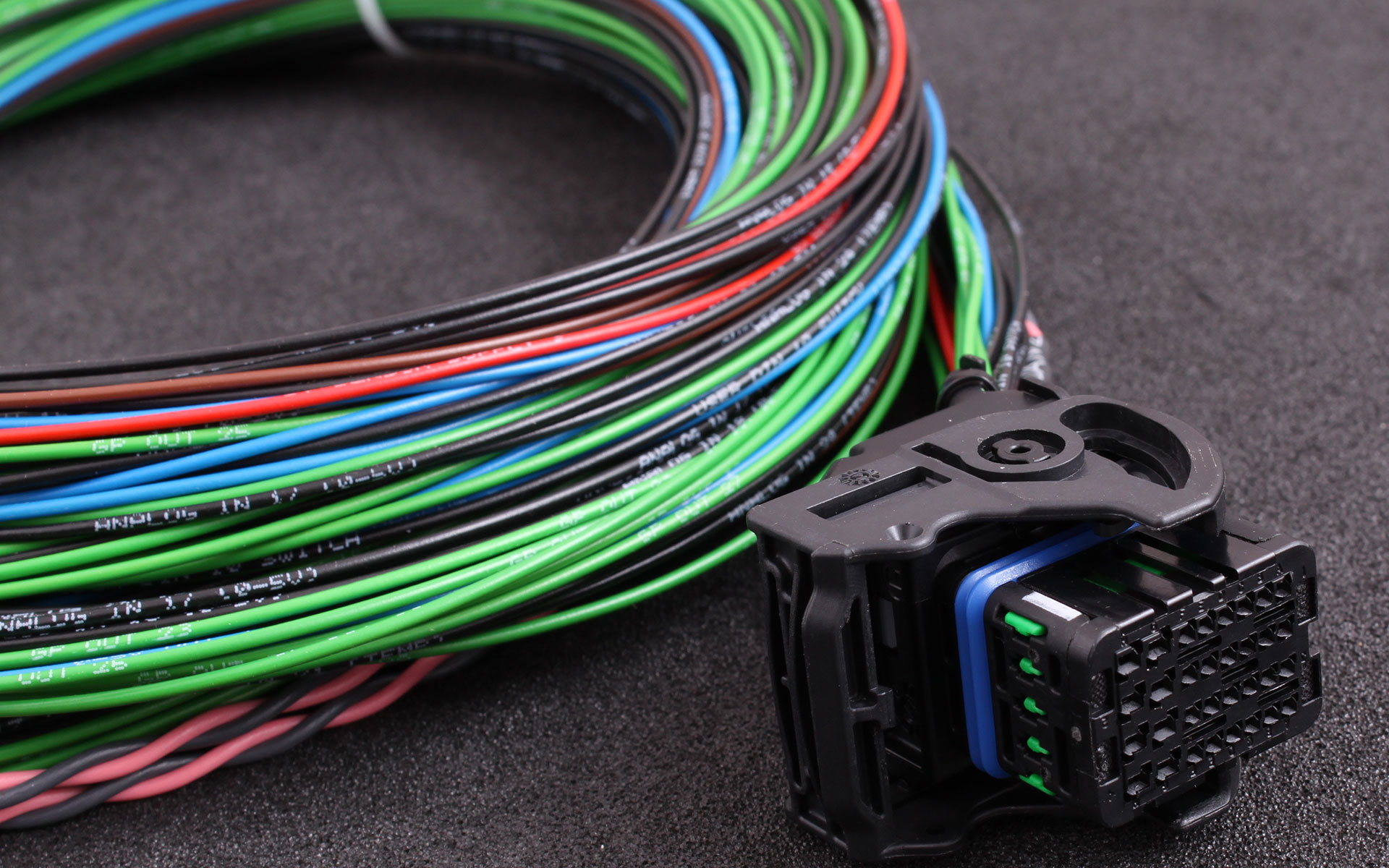 Maxxecu Pro Most Advanced And Professional Engine Management Wire Harness Labels Connector 4 Is Like All Other Harnesses Made Of Automotive Thin Wall Cable With Printed Extends Functionality